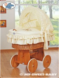 Moses Basket/Wicker crib with hood- Teddy Bear with Bow cream