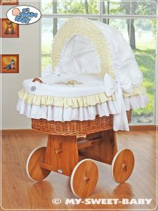 Moses Basket/Wicker crib with hood- Teddy Bear with Bow white