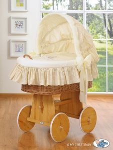 Moses Basket/Wicker crib with hood- Good Night cream