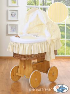 Moses Basket/Wicker crib with hood- Donkey Luca cream