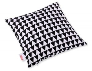 Pillow case - triangles black