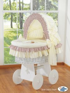 Moses Basket/Wicker crib with hood- Bear with bow brown