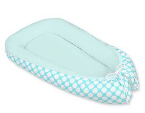 Baby nest- turquoise with white dots/mint