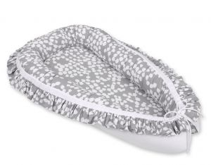 Baby nest with a ruffle - bubbles gray/white