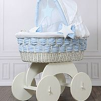 Moses baskets/Wicker cribs with hood